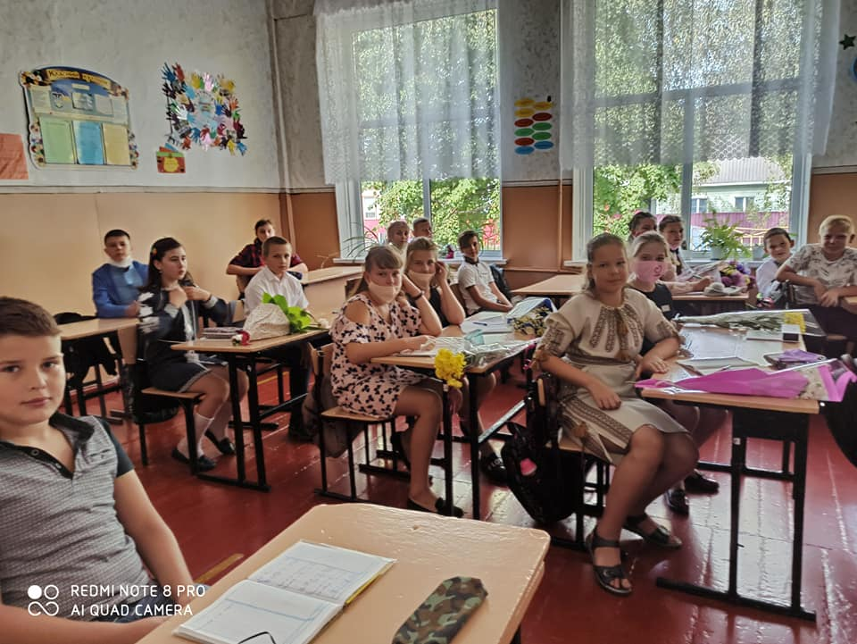 День знань, школи, Ніжин