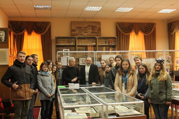Микола Тимошик, Ніжин, музей, рідкісні книги