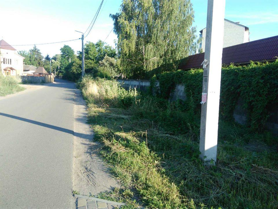 Об'їжджа, тротуар, пішоходи, реконструкція вулиці