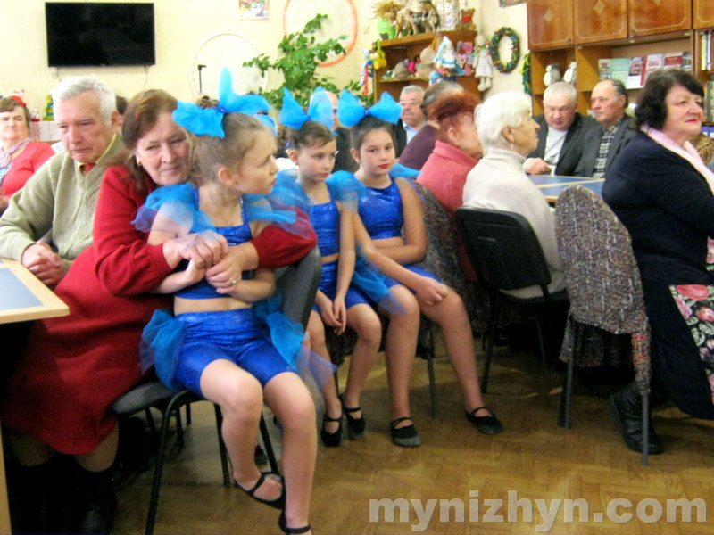 волонтери, ветерани, школа №9, ДНЗ №17, зустріч