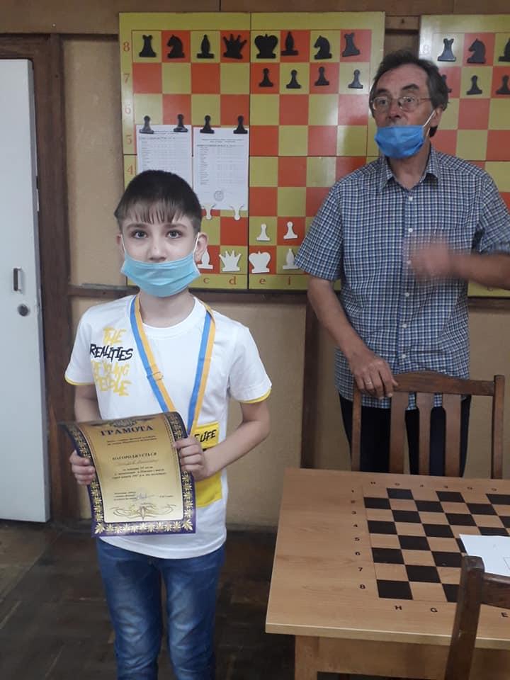 шахи, діти, чемпіони