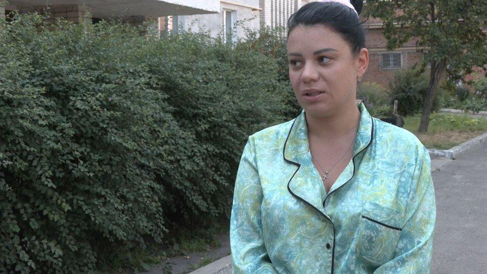 Карина Фільчакова, бабуся, знущання, допомога