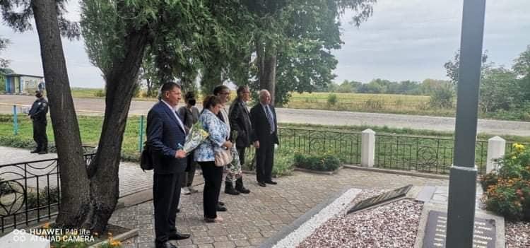 село Світанок, Словаччина, пам'ятник, музей, курган Слави
