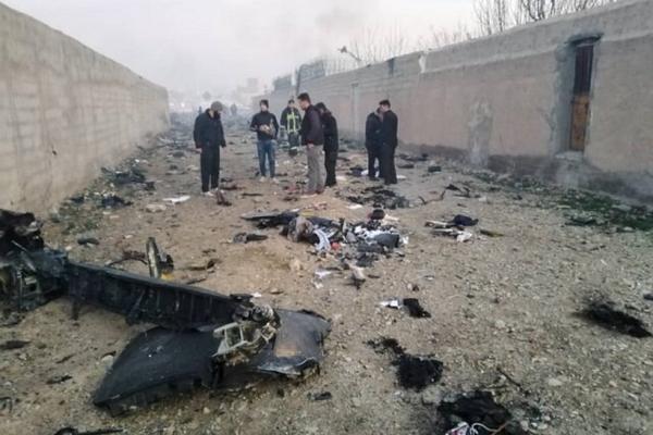 літак, Тегеран, падіння