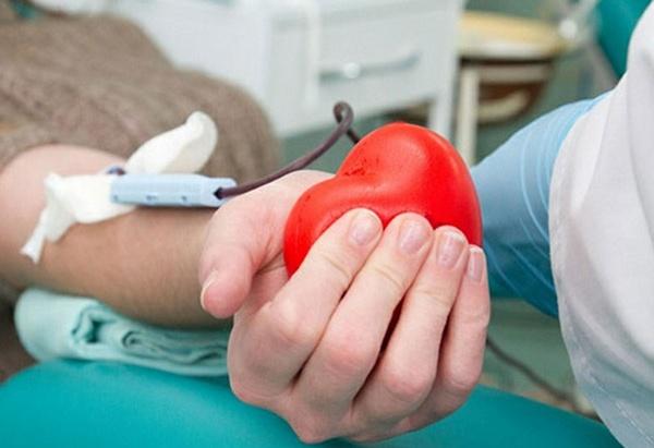 Донор, кров, переливання крові