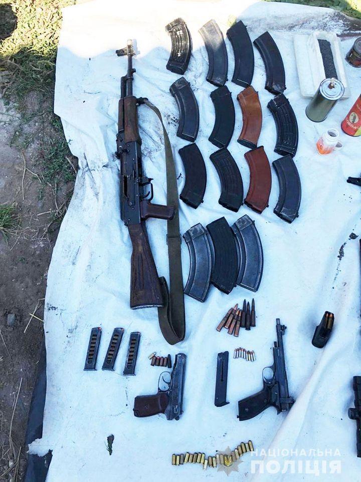 правоохоронці, житель Ніжинщини, зброя, кримінальне провадження