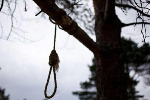 Кладовище, самогубство, Комунарів