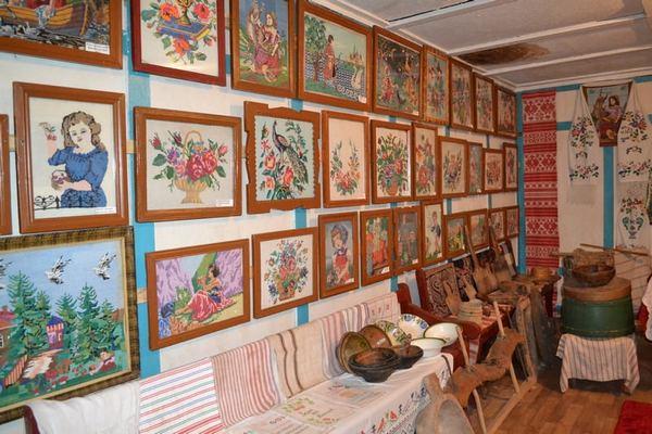 Бурківка, Крутівська ОТГ, кімната-музей, Тетяна Широка