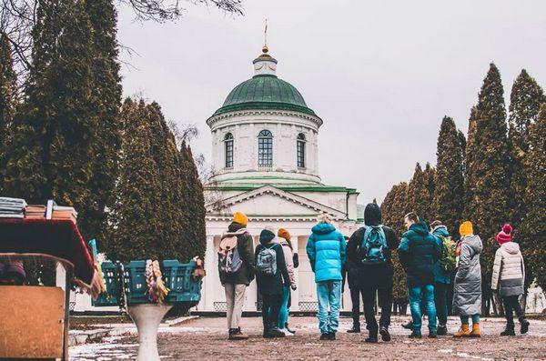 екскурсії, краєзнавчий музей, Роман Желєзко
