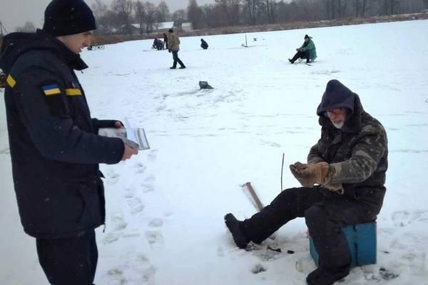 У Івано-Франківську рятувальники нагадали людям правила безпеки