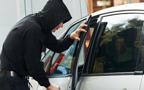 автомобіль, крадіжка, суд, прокуратура