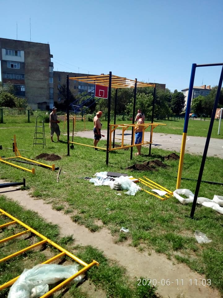 спорткомплекс, Амосова, спорт, майданчик
