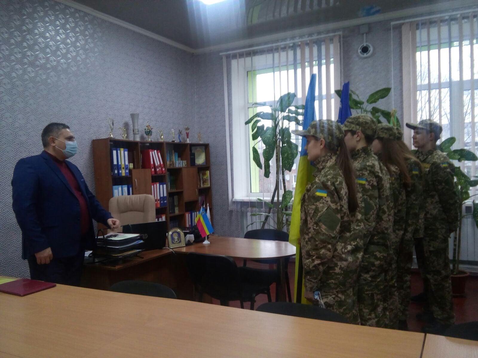 """Ніжинська ЗОШ №10,""""Отамани"""", військово-патріотична гра"""