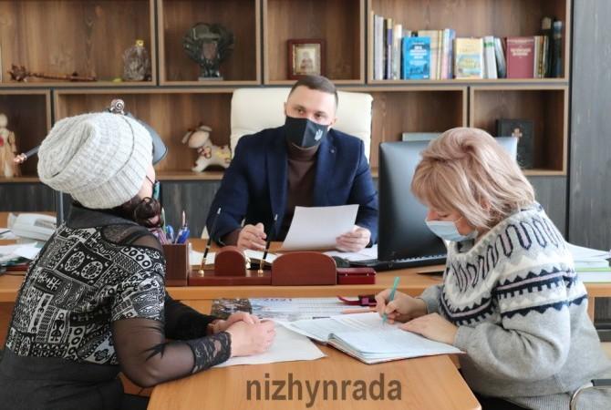 Ніжин, Олександр_Кодола, містяни