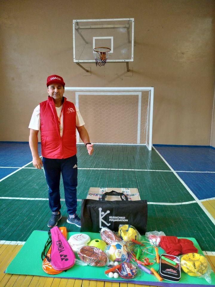 Юрій Мовчан, ЗОШ №17 Ніжин, учитель, проект, «Посилка успіху»