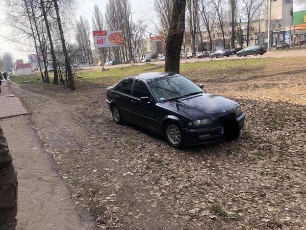 Ніжин, Муніципальна_Варта, паркування