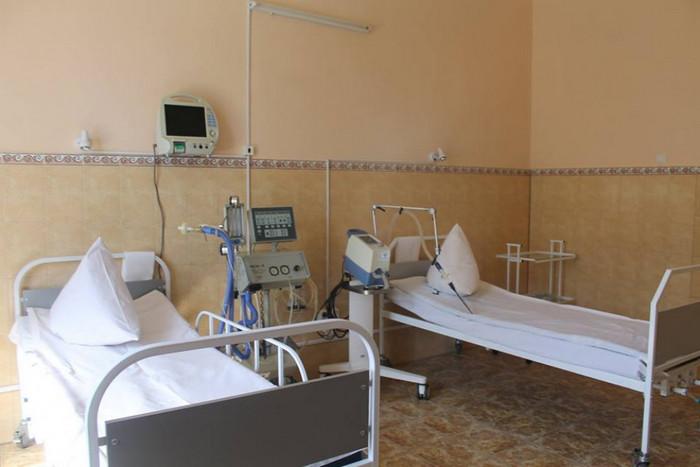 ліжка, лікарня, коронавірус