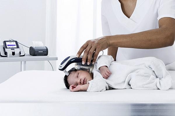 ідіометер, слух, новонароджені