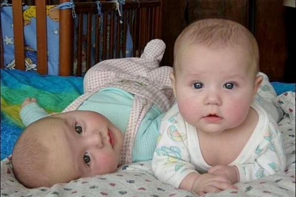 немовлята, допомога