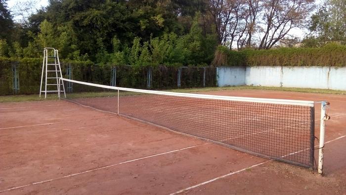 спортсмени, Спорт для всіх, тенісний корт