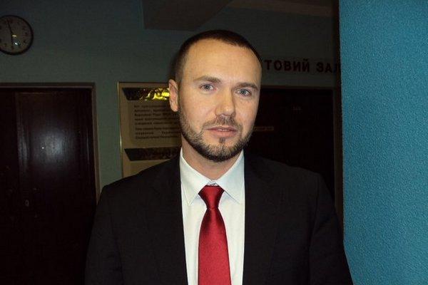 Сергій Шкарлет, Ніжин
