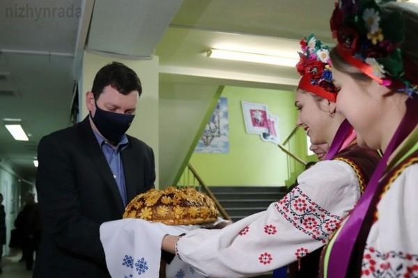 Ніжин, Латвія, посол, візит