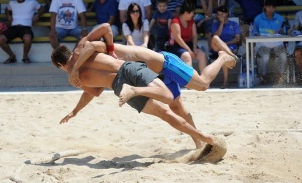пляжна боротьба, змагання, стадіон