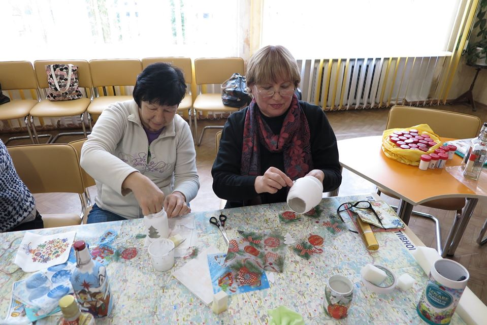 новорічна майстерня, територіальний центр