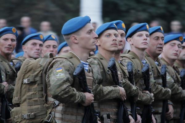 Слава Україні, Порошенко